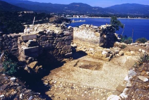 grobowiec-arystoteles-antyczna-hellada-grecja-stagira